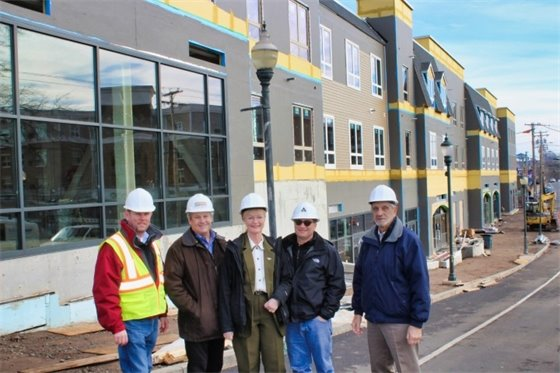 Rossi tours Park View development in Allingtown